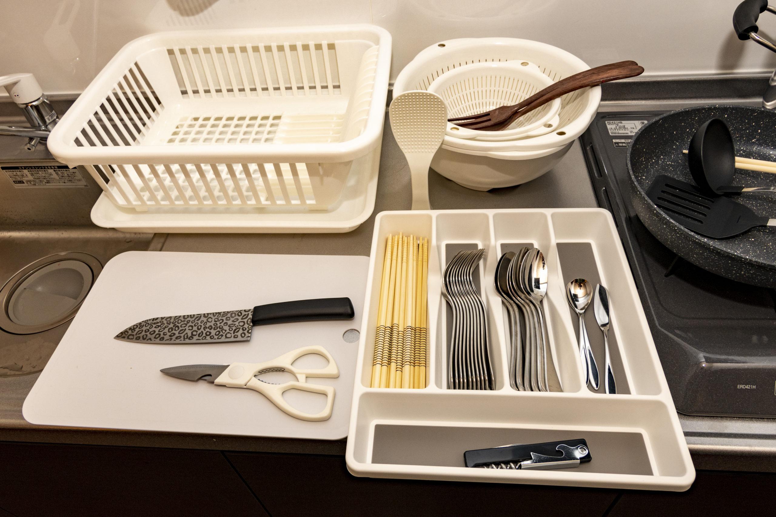 各部屋 調理器具、食器、塩、胡椒などの調味料も完備